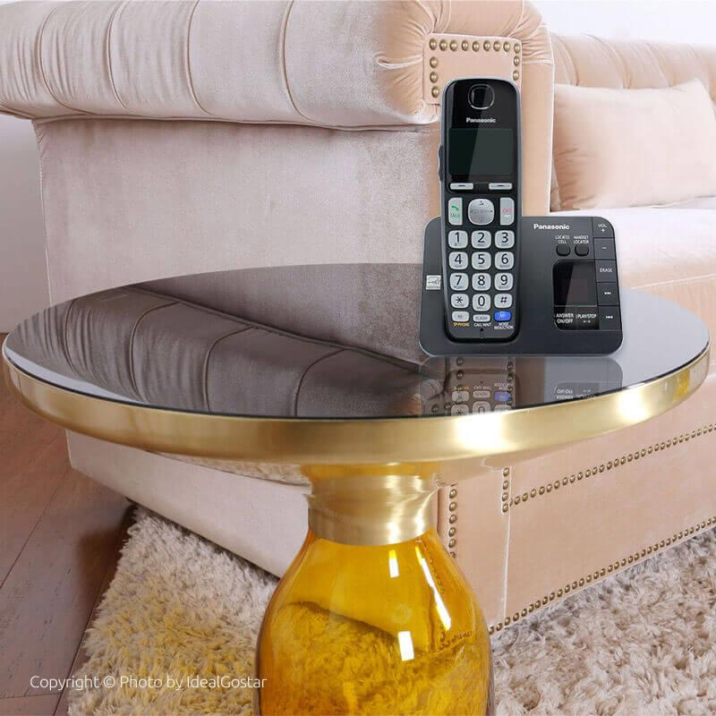 گوشی تلفن بیسیم پاناسونیک KX-TGE232 روی میز