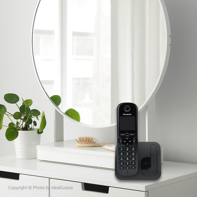 گوشی تلفن بیسیم پاناسونیک KX-TGC210 در خانه