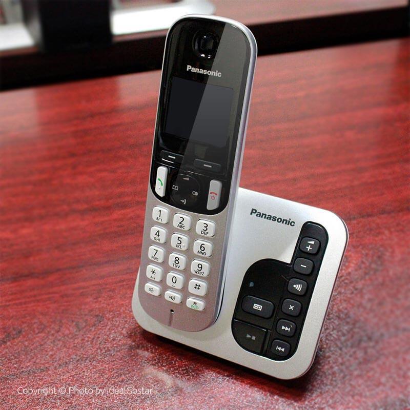 تلفن بیسیم پاناسونیک KX-TGC220 در محل کار